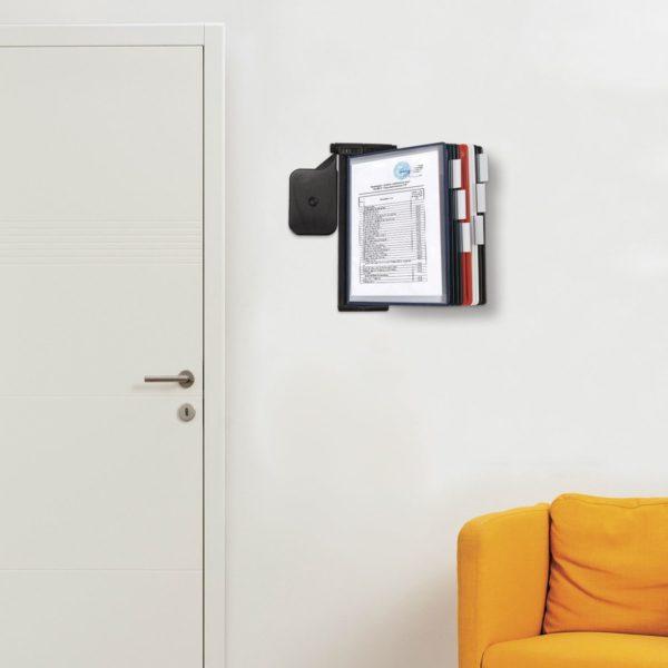 """Демосистема настенная BRAUBERG """"Solid"""", регулируемый угол наклона, черная, с 10 цветными панелями А4, 236720"""