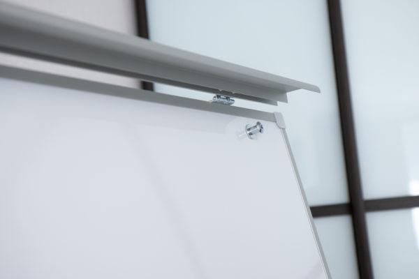 Доска-флипчарт BRAUBERG магнитно-маркерная, стандарт, 70х100 см, передвижная, Россия